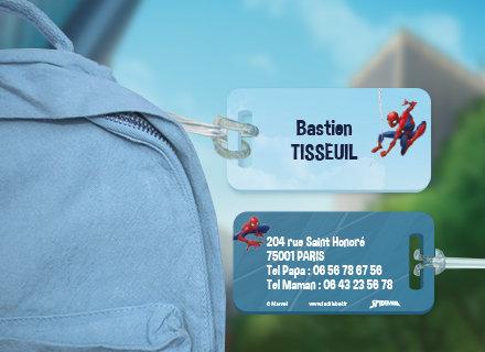 Une étiquette Spiderman pour identifier sacs et valises