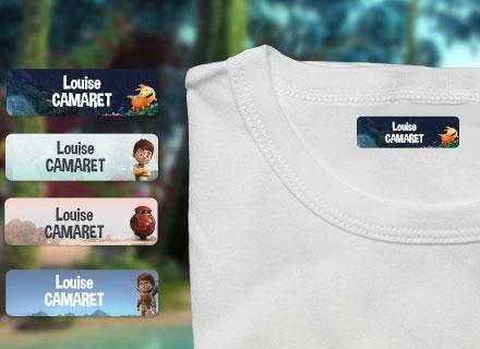 Une étiquette thermocollante Terra Willy sur un t-shirt