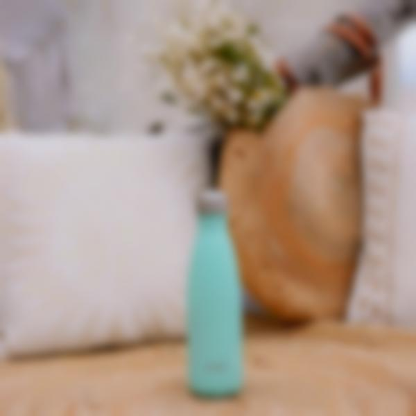 gourde isotherme inox pastel vert 500ml ambiance