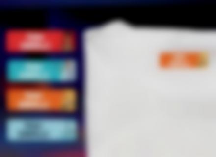 Une étiquette thermocollante Toy Story sur un t-shirt